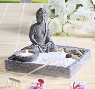 Besondere Geschenkideen in Ihrer Nähe: Buddha-Figur mit Deko