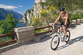 Einmaliges Geschenk aus Jena: Hochwertiges Mountainbike