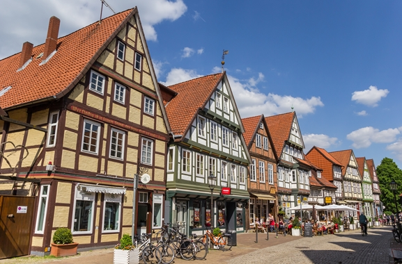 Geschenke kaufen in Celle: Begeben Sie sich auf Geschenke-Entdeckungsreise