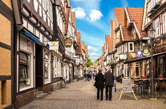 Geschenke kaufen in Celle: Warum regional kaufen?