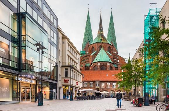 Geschenke kaufen in Lübeck: Warum regional kaufen?