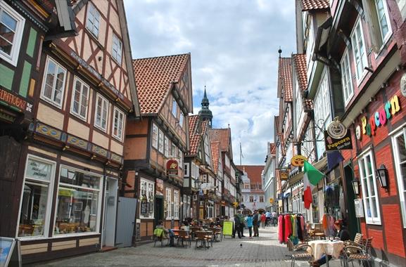 Geschenke kaufen in Celle: Überall in Celle lassen sich Geschenke finden