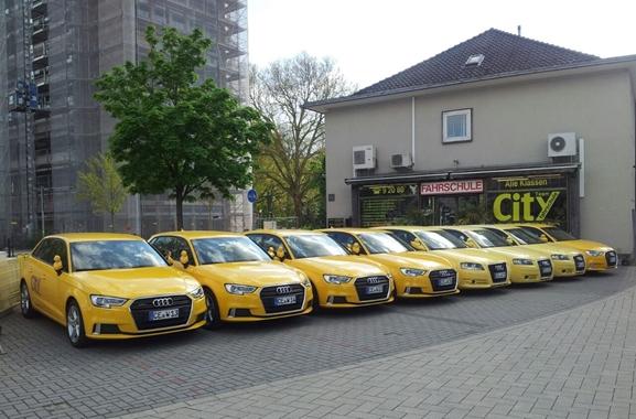 Besondere Geschenkideen aus Celle: Fahrerlebnisse als Geschenkidee