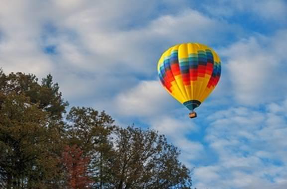 Einzigartiges Geschenk für Männer und Frauen: Außergewöhnliche Ballonfahrt
