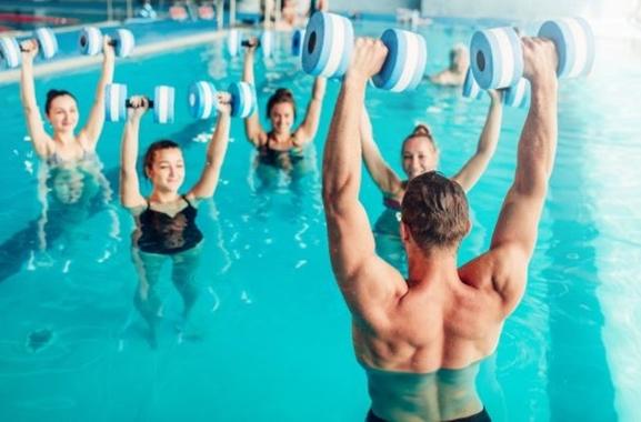 Besondere Geschenkideen aus Elmshorn: Aqua-Fitnesskurs