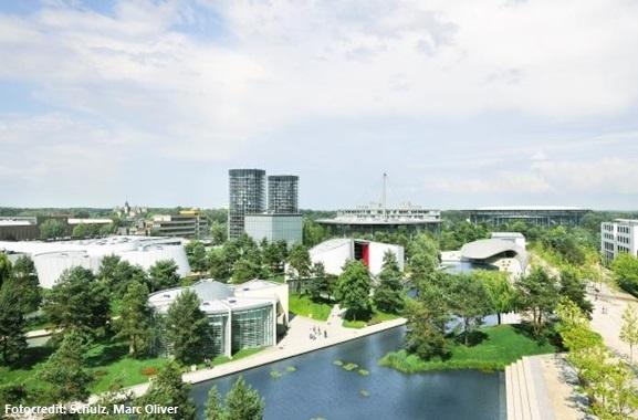 Besondere Geschenkideen aus Wolfsburg: Jahreskarte für die Autostadt