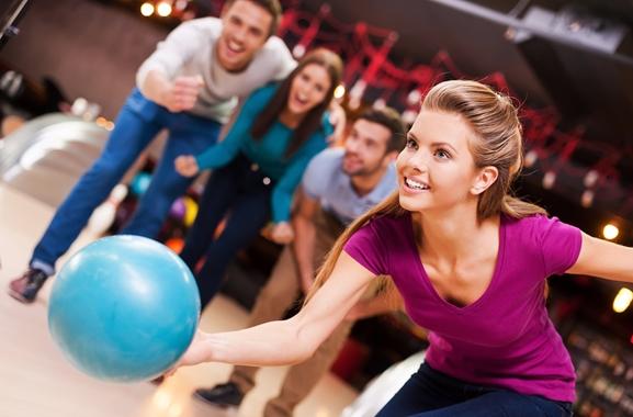 Besondere Geschenkideen aus Soltau: Gemeinsamen Bowlingabend