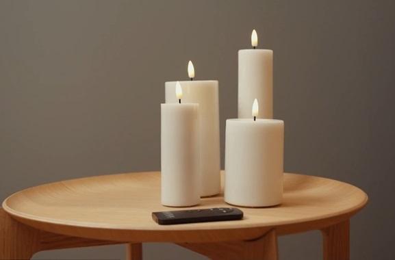 Besondere Geschenkideen aus Lübeck: Täuschend echte LED-Kerzen
