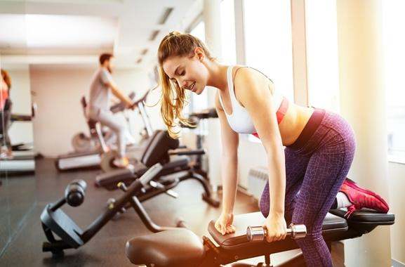 Besondere Geschenkideen aus Fürth: Jahresmitgliedschaft im Fitnessstudio