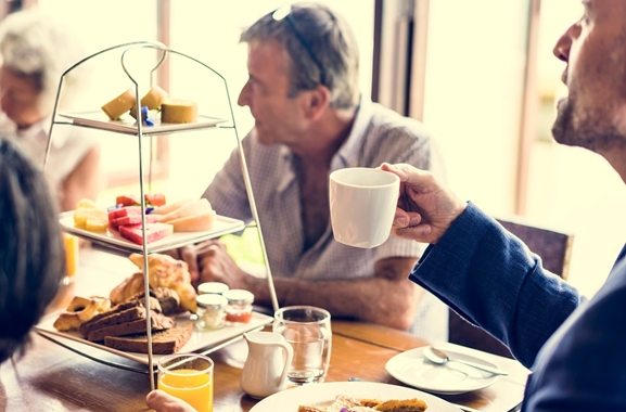 Besondere Geschenkideen aus Fürth: Gemeinsames Geburtstagsfrühstück