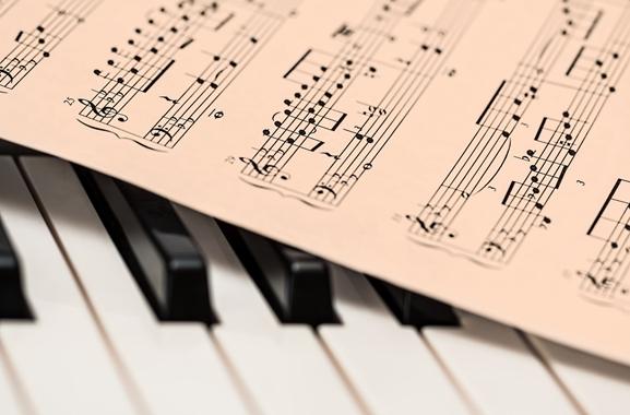 Besondere Geschenkideen aus Uelzen: Keyboardunterricht