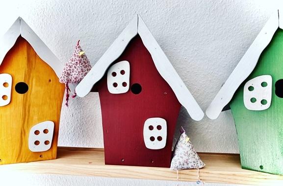 Besondere Geschenkideen aus Uelzen: Handgefertigtes Vogelhaus