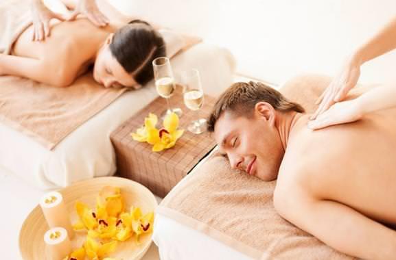 Besonderes Geschenk für Männer: Hochwertiges Paarmassage verschenken