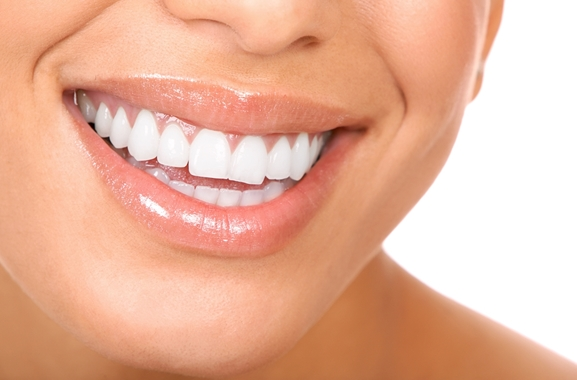 Besondere Geschenkideen aus Fürth: Professionelle Zahnreinigung