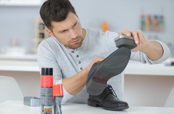 Besondere Geschenkideen aus Fürth: Hochwertige Schuhpflegeprodukte