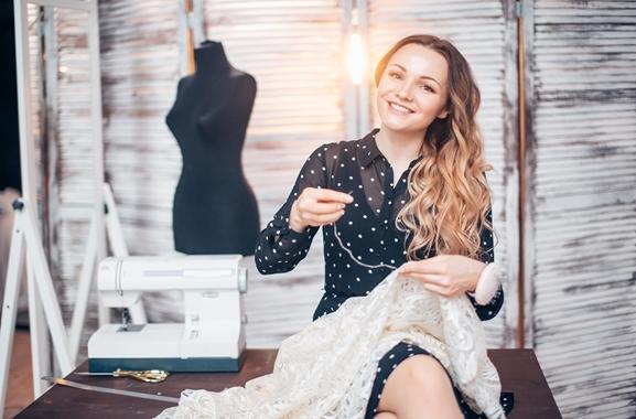 Besondere Geschenkideen aus Uelzen: Selbstgenähtes Kleid