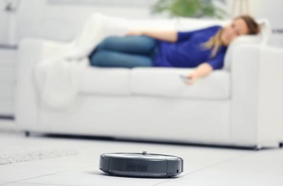 Sensationelles Geschenk für Männer und Frauen: Hochwertiger Staubsauger-Roboter