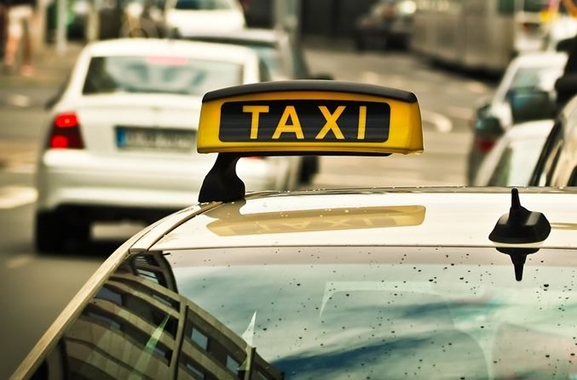 Besondere Geschenkideen aus Wolfsburg: Taxi-Gutschein