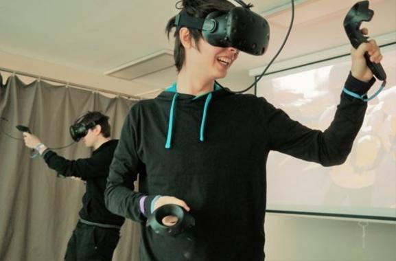 Hochwertige Geschenke für Männer und Frauen: Virtual-Reality-Erlebnis