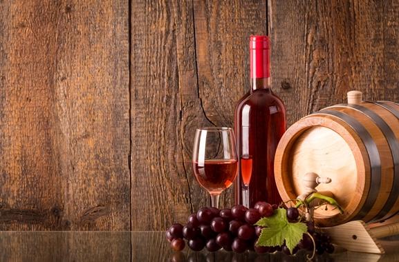 Besondere Geschenkideen aus Göttingen: Hochwertigen Wein