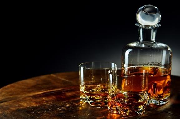 Besondere Geschenkideen aus Göttingen: Hochwertiger Whisky aus dem Fass