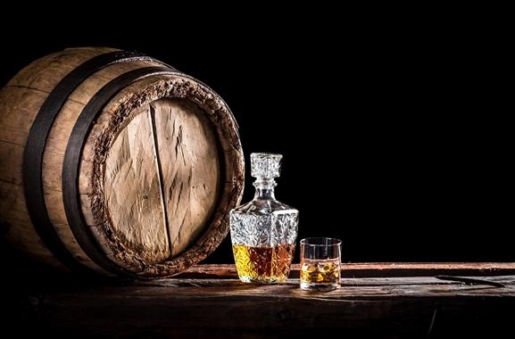 Besondere Geschenkideen aus Verden: Whisky aus dem Glasflacon