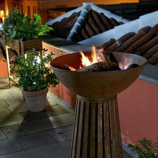 Besondere Geschenkideen in Ihrer Nähe: Feuerschale auf Säule