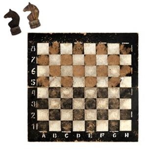 Besondere Geschenkideen aus Uelzen: Historisches Schachspiel
