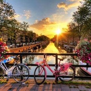 Besondere Geschenkideen aus Mendig: Städtereise nach Amsterdam