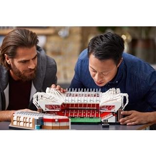 Besondere Geschenkideen aus Leipzig: LEGO® Creator Old Trafford Fußballstadion
