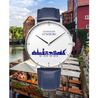 Besondere Geschenkideen aus Lüneburg: Uhr mit Lüneburg-Skyline