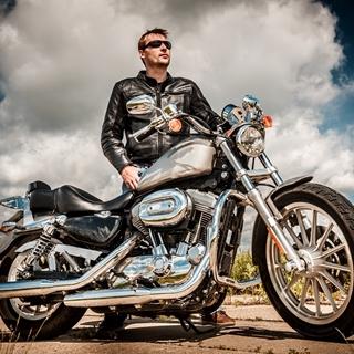 Besondere Geschenkideen aus Bottrop: Motorrad-Fotoshooting
