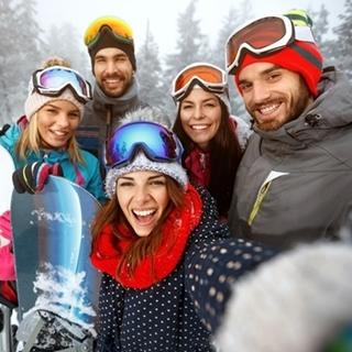 Besondere Geschenkideen aus Fürth: Gemeinsames Winterwochenende mit Freunden