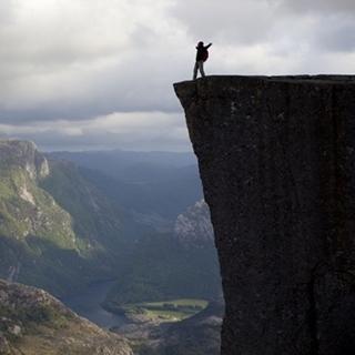 Besondere Geschenkideen aus Fürth: Reise zum Preikestolen in Norwegen