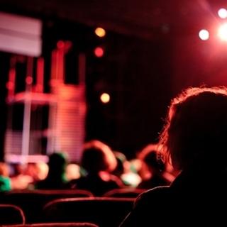 Besondere Geschenkideen aus Duisburg: Theater-Abonnement