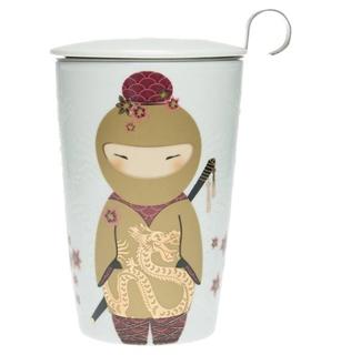 Geschenkideen aus der Region: Porzellanbecher TeaEve little Ninja