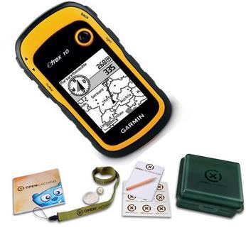 Hochwertiges Geschenk für Männer: Hochwertige Garmin Bundle GPS-Handgerät etrex 10 + Geocaching Starterkit
