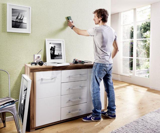 Besonderes Geschenk für Männer: Hochwertige Bosch Ortungsgerät für Metalle und Stromleitungen in Wänden
