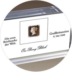 Erste Briefmarke im Acrylblock